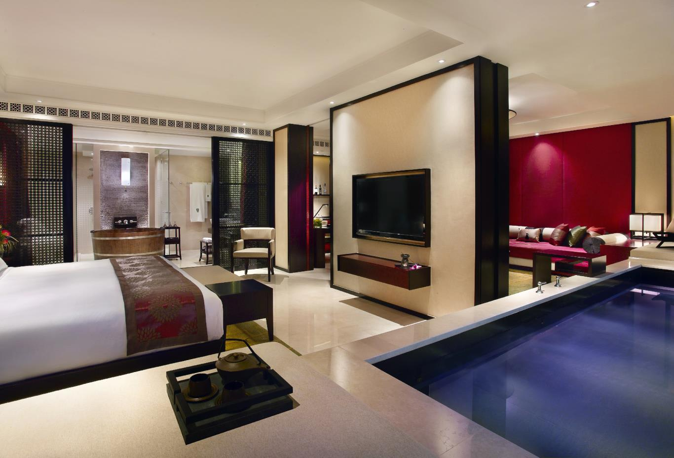 Cotai Pool Suite