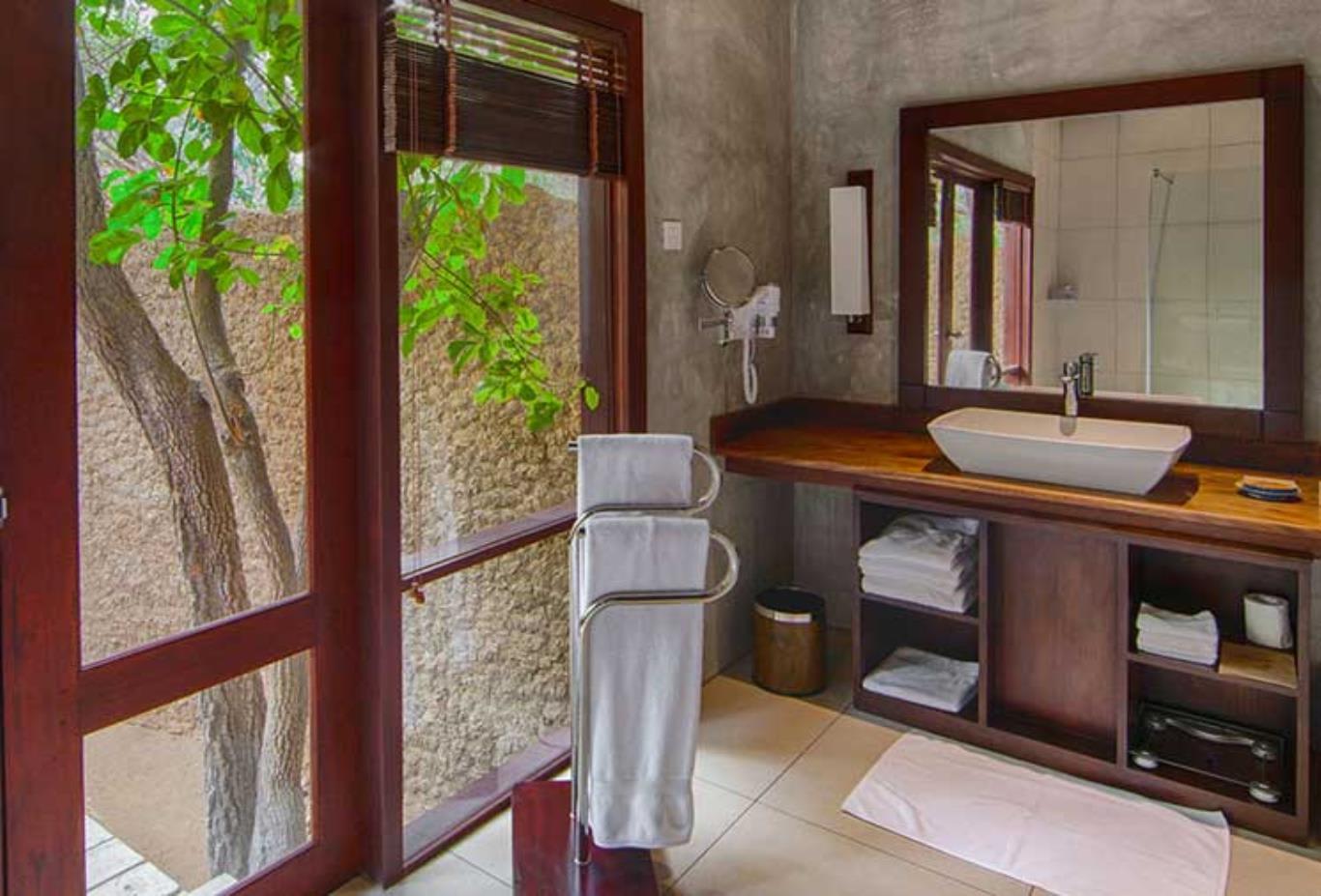 Beach Cabin Bathroom