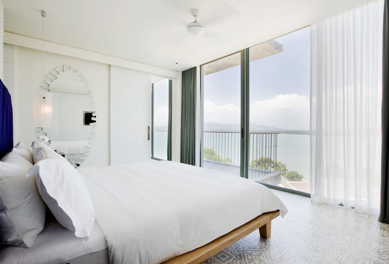 Bay Suite Bedroom Balcony