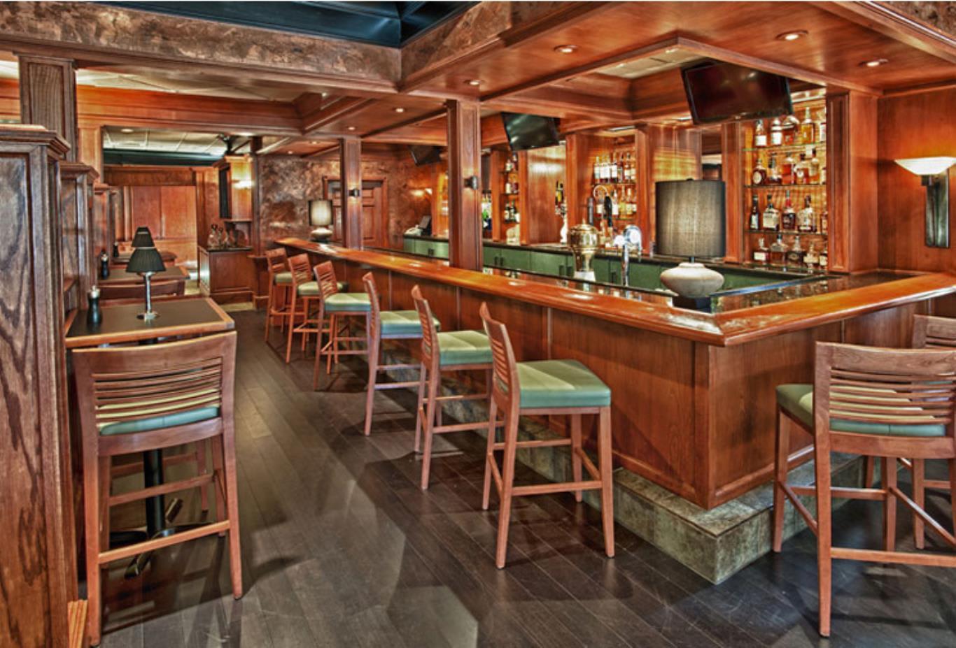 Tavern & Whiskey