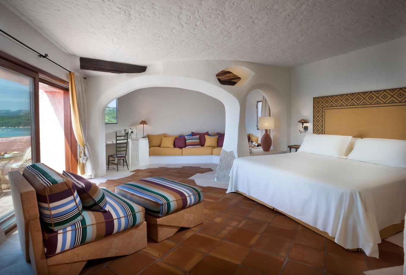 Premium-Suite-Bedroom