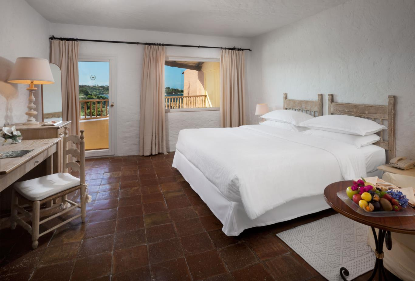 Premium-Double-Bedroom