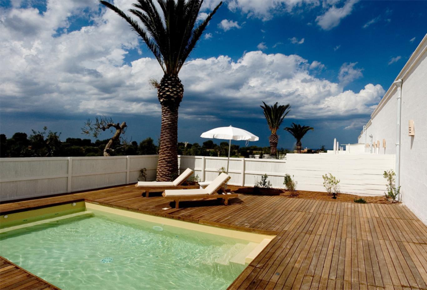 Palm Suite Pool