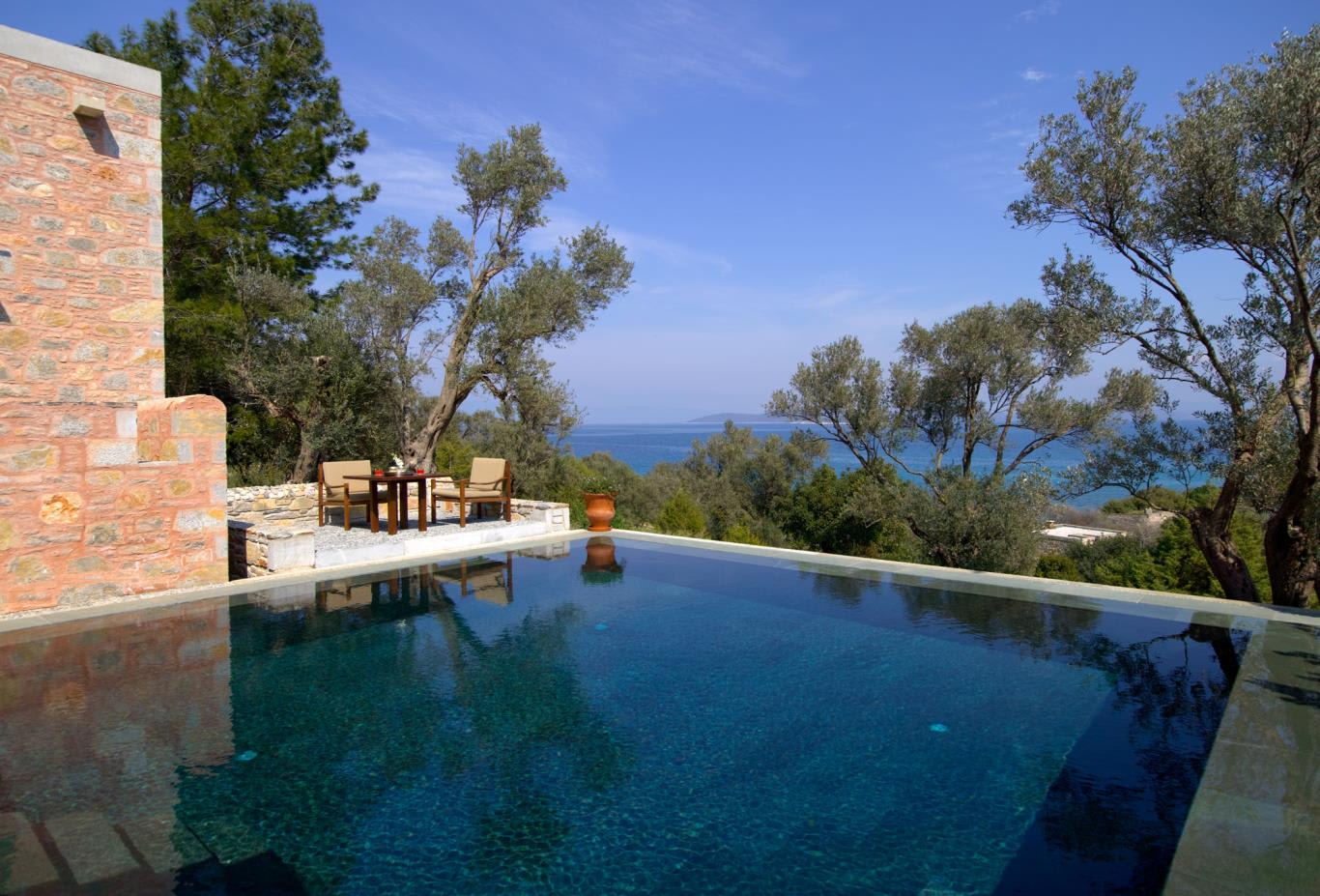 Pool-Terrace-Cottage_Sea-View_Pool