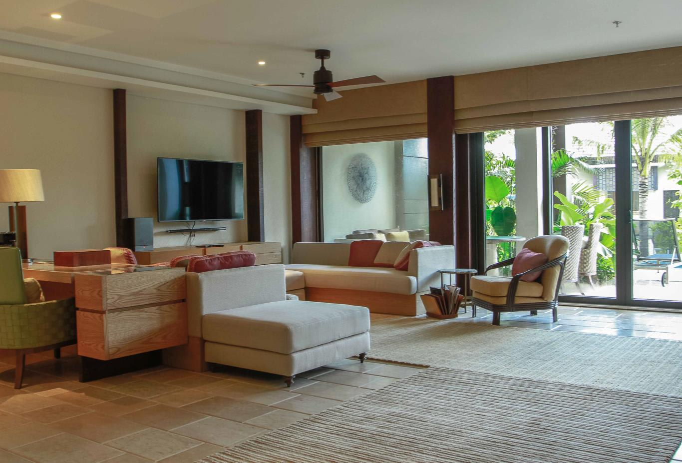 The Ritz-Carlton Suite (2 BR)