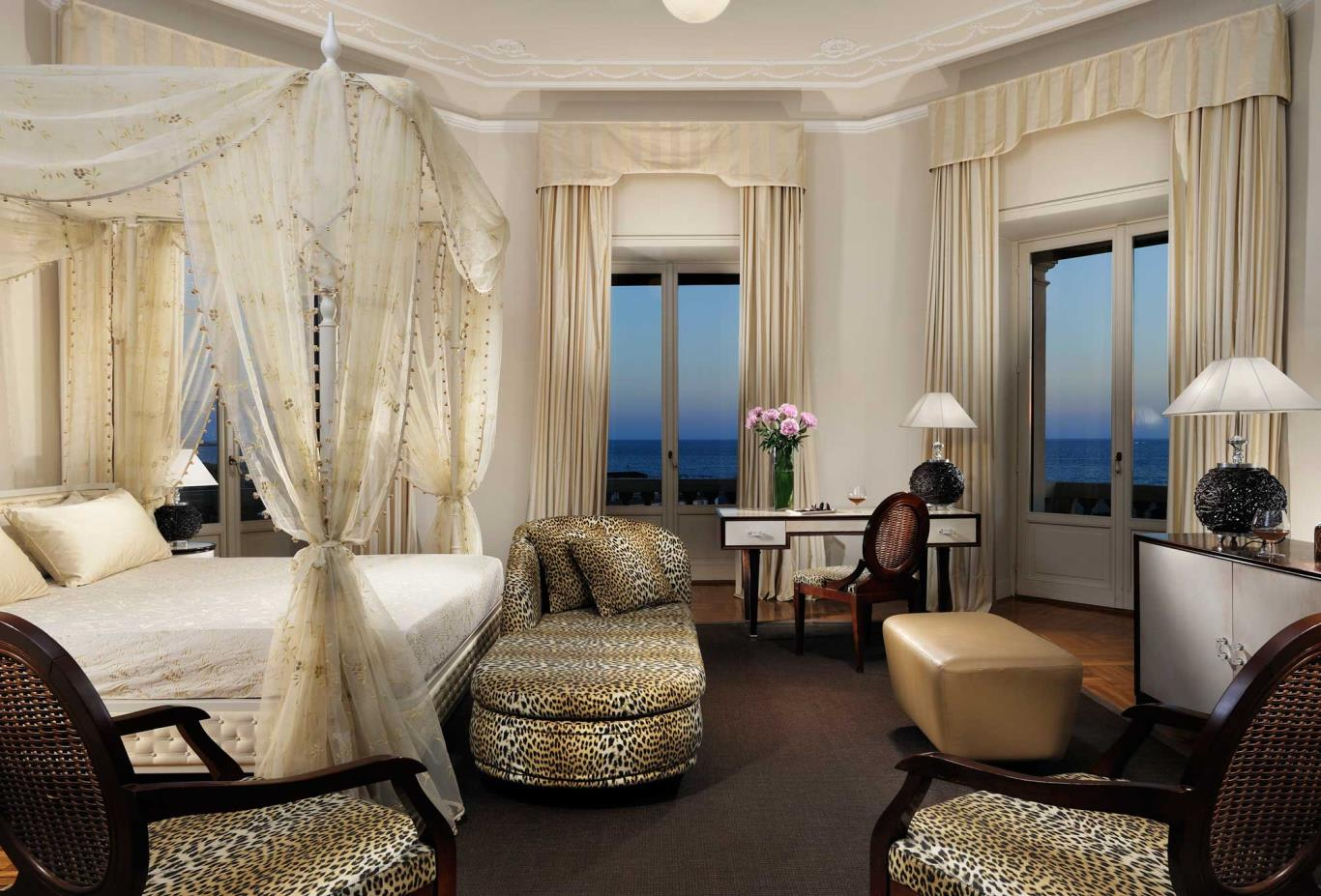 One-bed-sea-view-suite