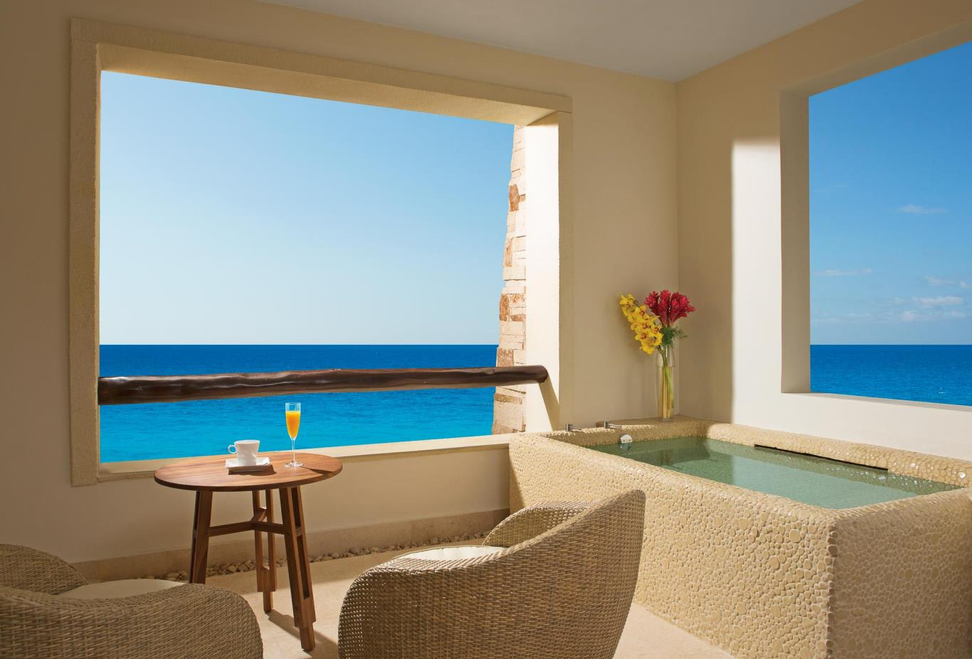 Preferred Club Junior Suite Ocean Front Terrace