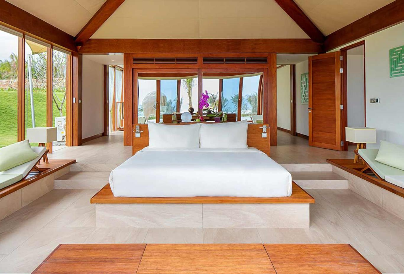 Pool Villa Ocean View bedroom