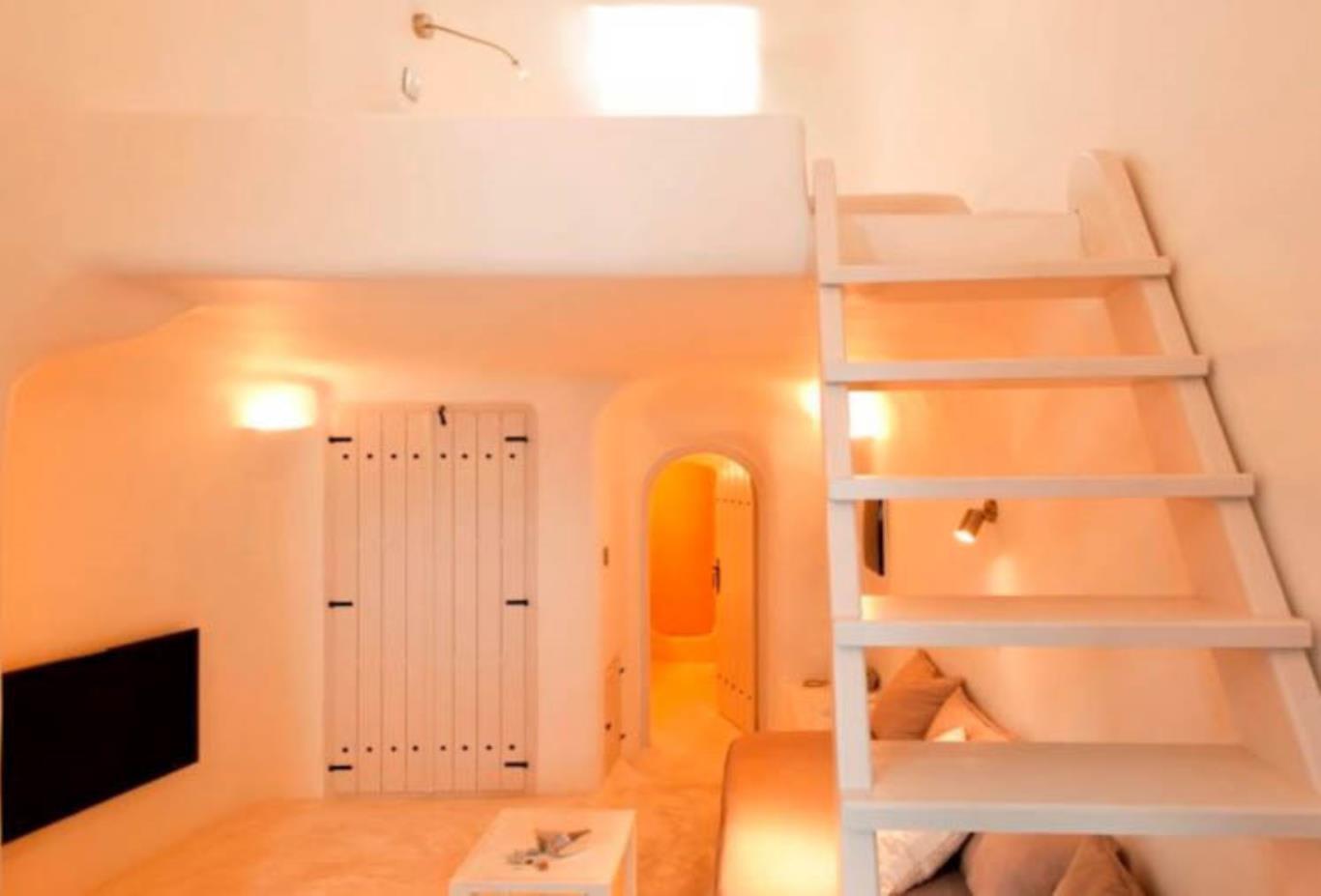 Vanilla Room Stairs