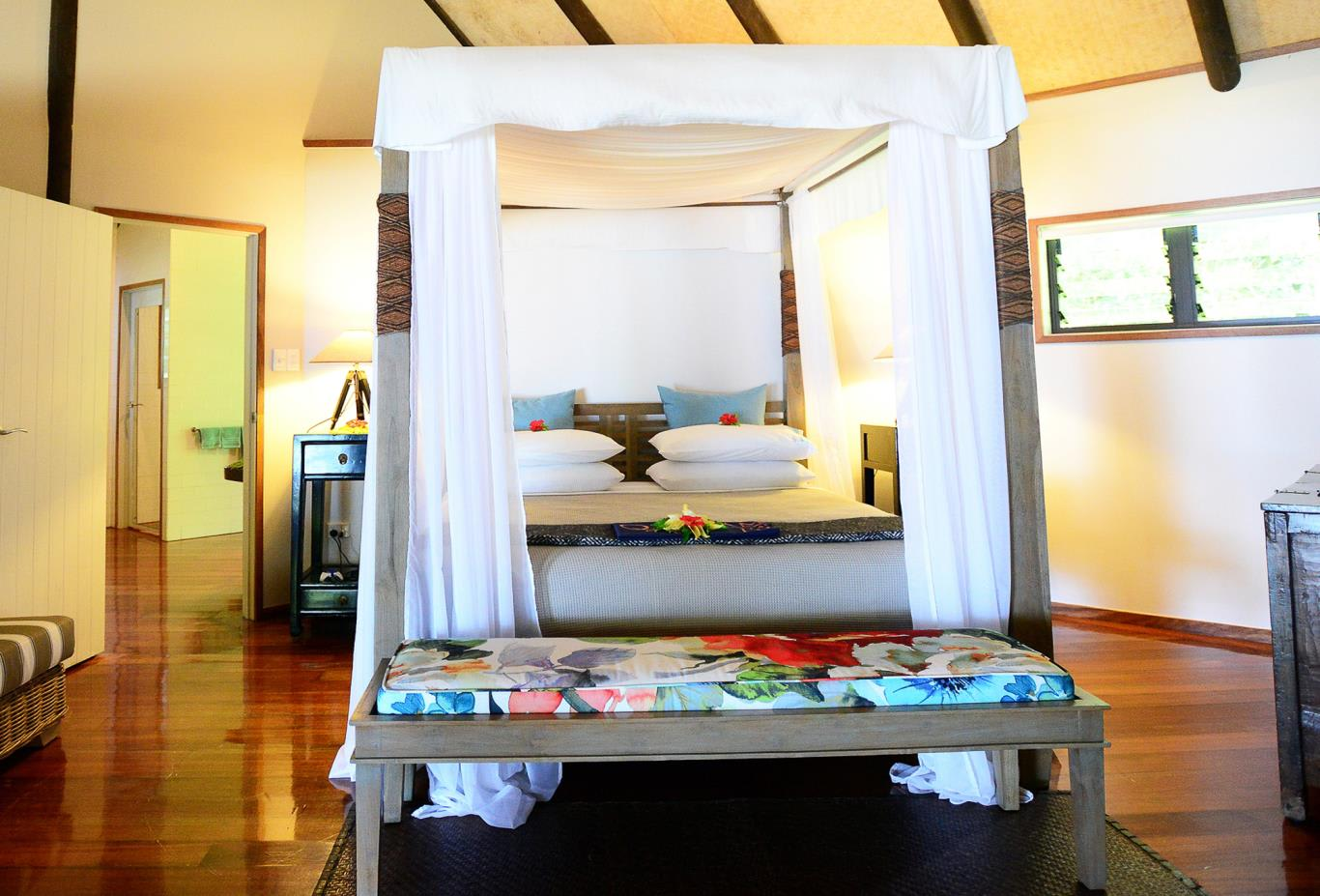 Royal Beach House Bedroom