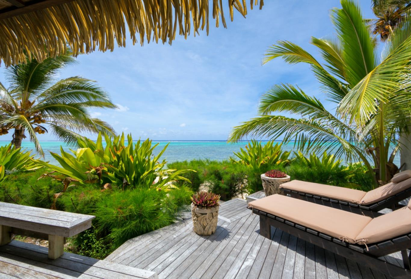 Ultimate Beachfront Villa Deck