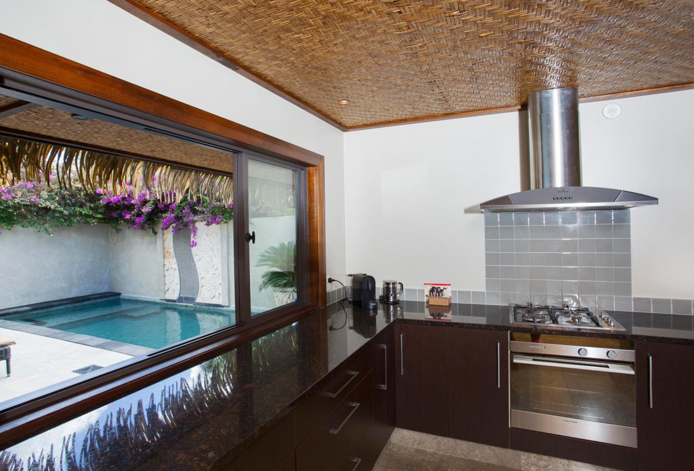 Ultimate Beachfront Villa Kitchen