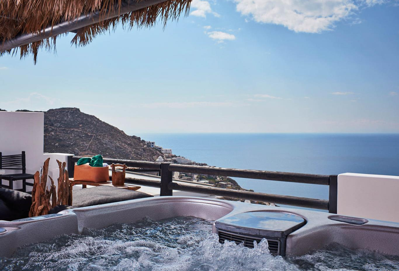 Heavenly Retreat Outdoor Jacuzzi