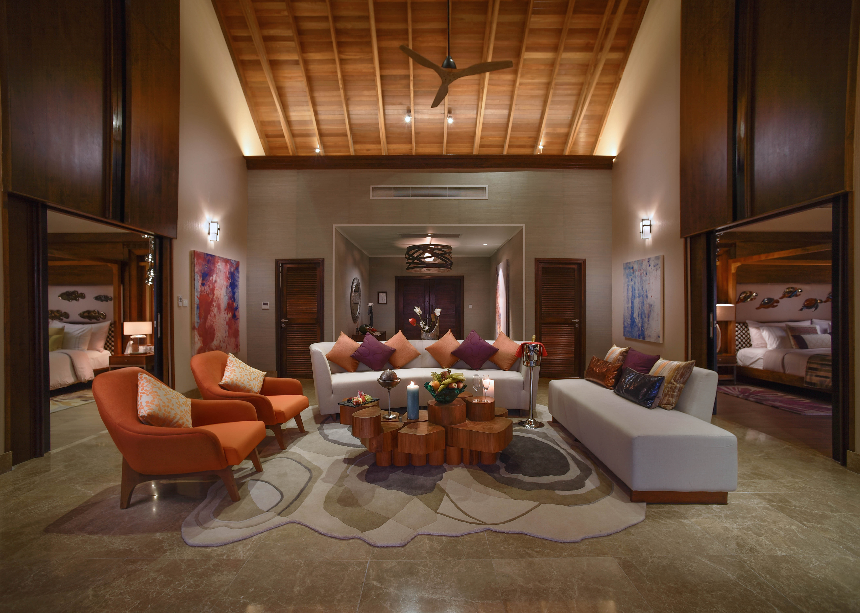 Ozen Water Suite living room
