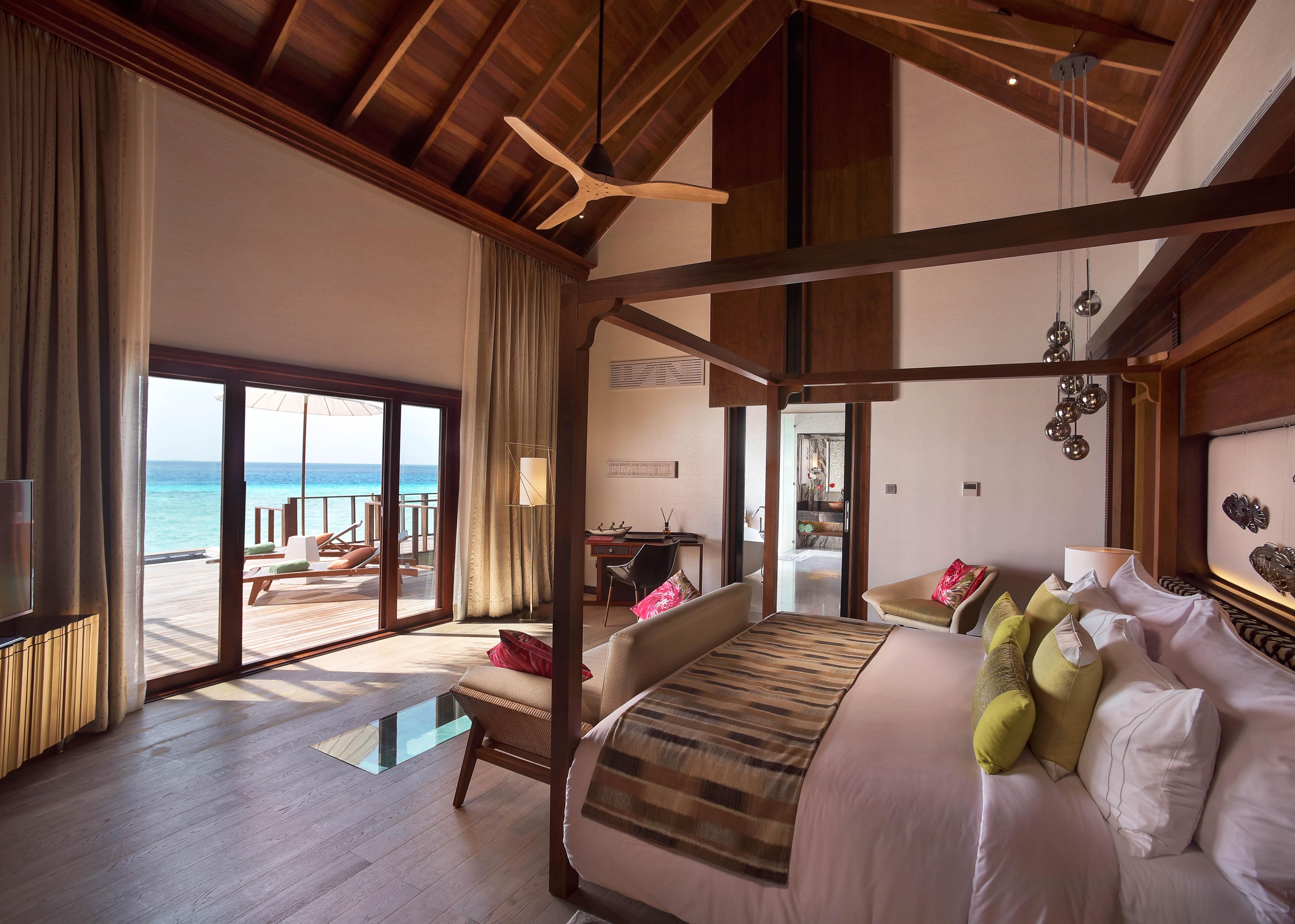 Ozen Water Suite bedroom 2