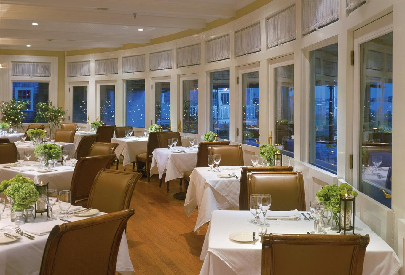 Brant Point Grill dining room