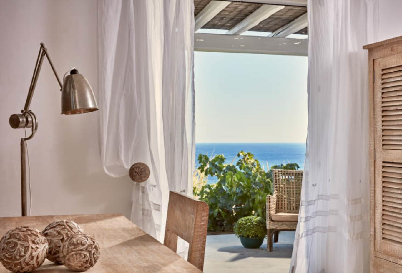 Kirini Vineyard Suite sea view