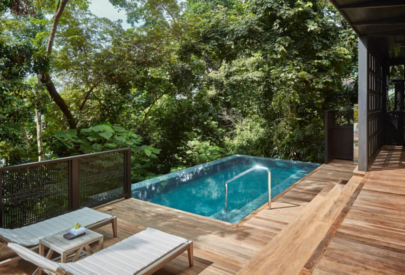 Rainforest Villa Poolside