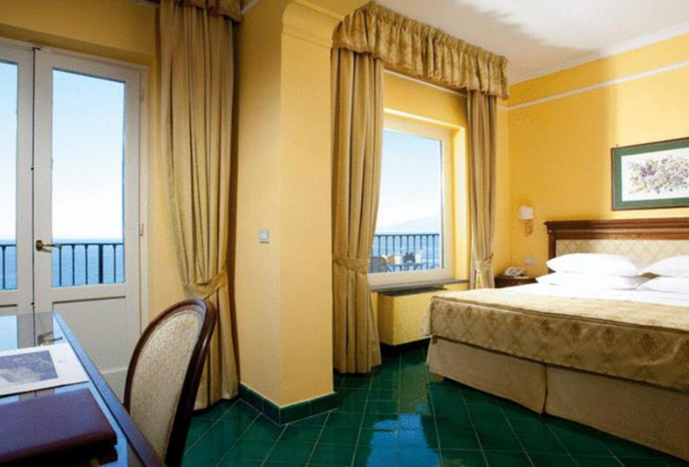 Superior Double Room with Sea View area