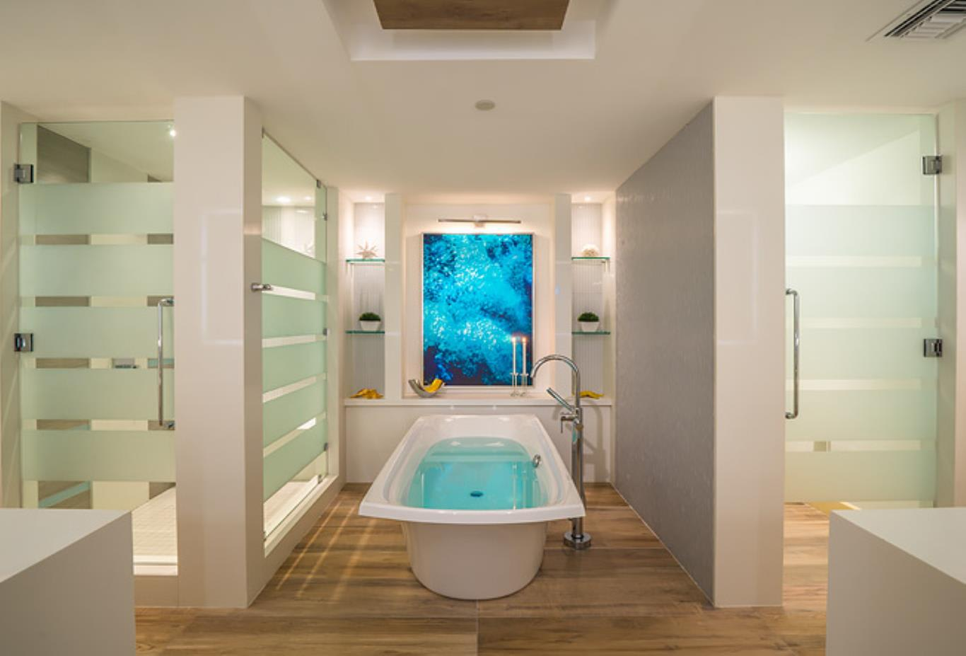B1PP Beachfront Prime Minister One Bedroom Oceanview Butler Suite with Private Pool and Patio Tranquillity Soaking Tub bathroom tub