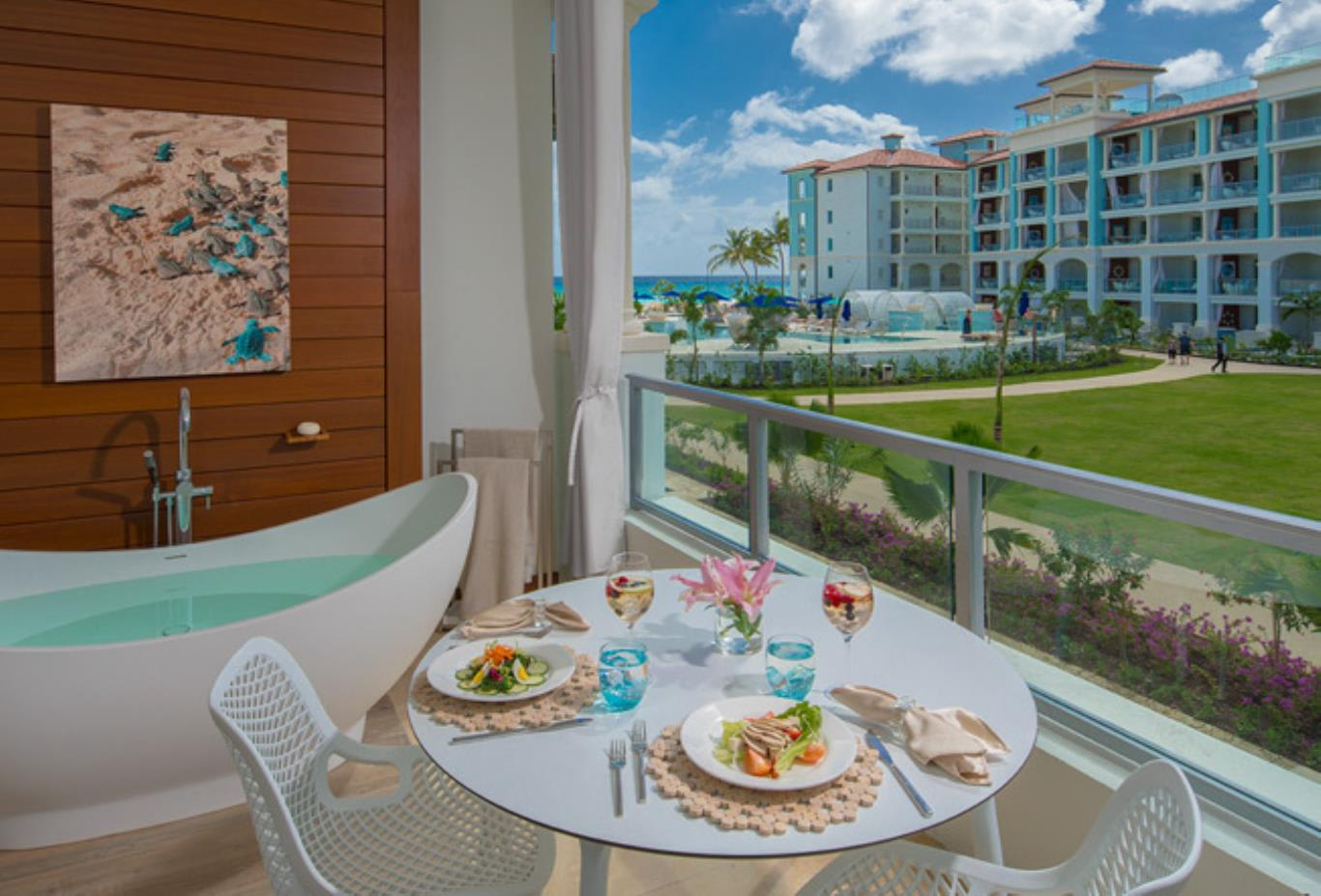OSLB Royal Seaside Oceanview Crystal Lagoon Club Level Barbados Suite with Balcony Tranquillity Soaking Tub balcony