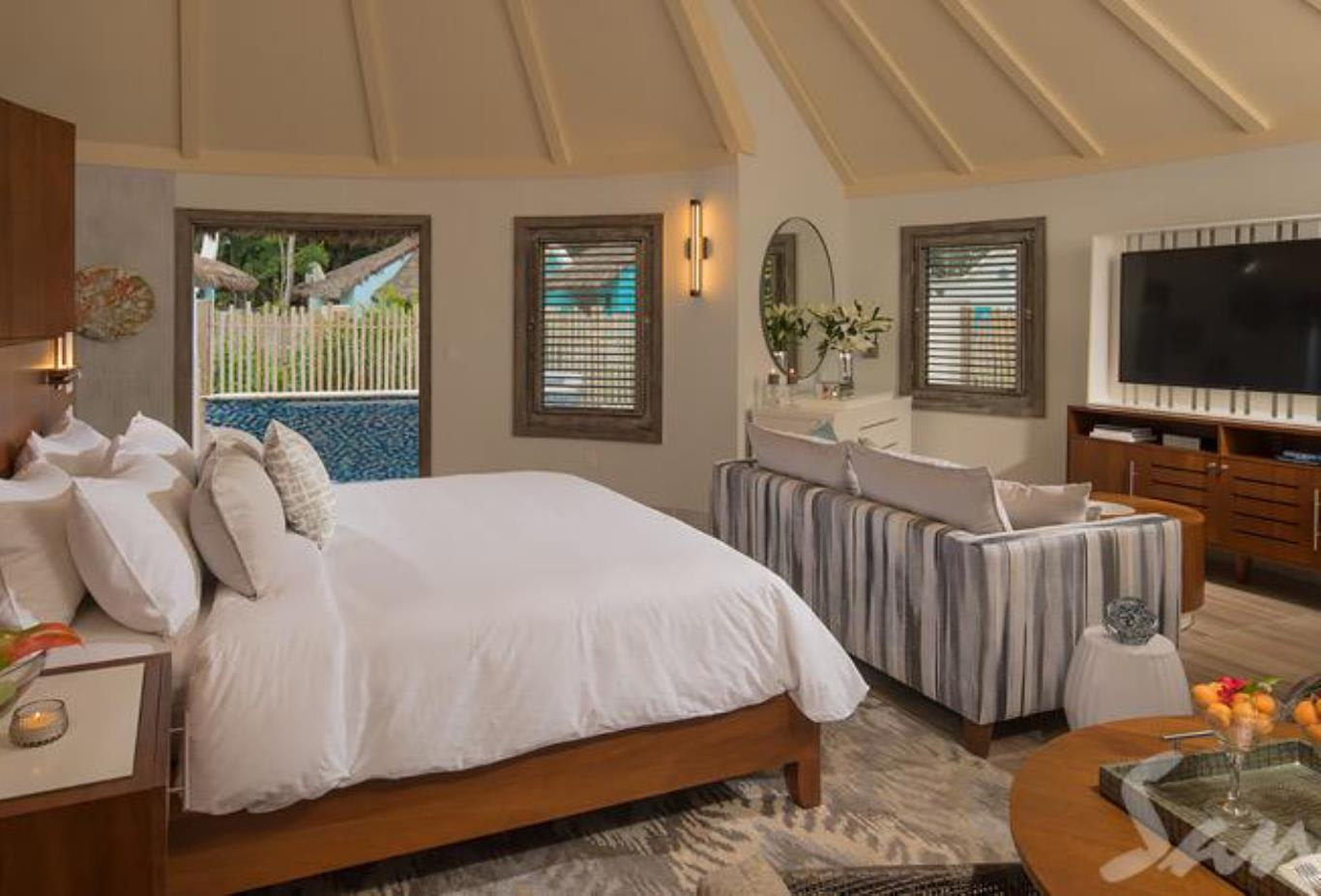 RPP South Seas Royal Rondoval Butler Suite with Private Pool Sanctuary bedroom