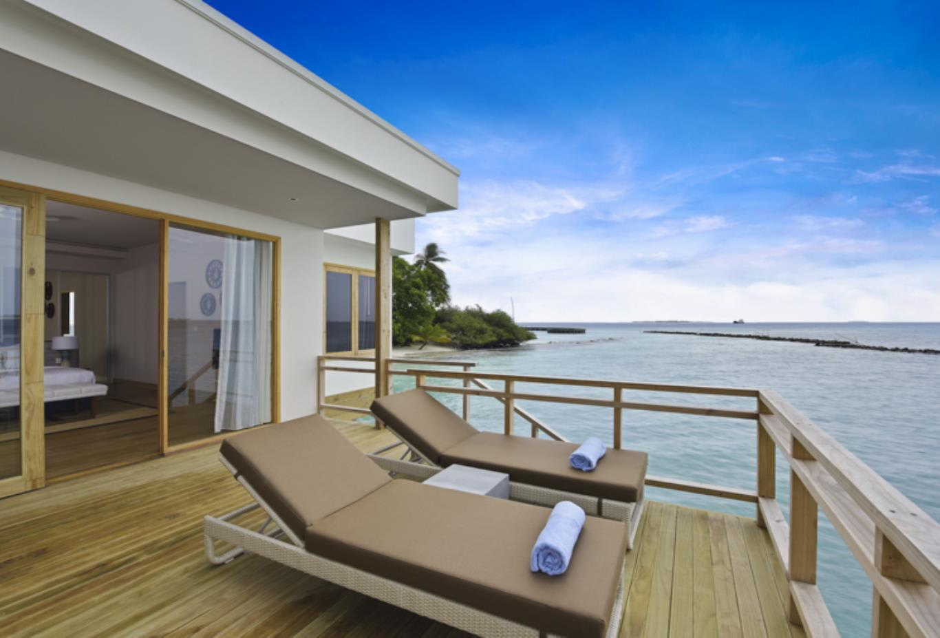 Water Villa deck