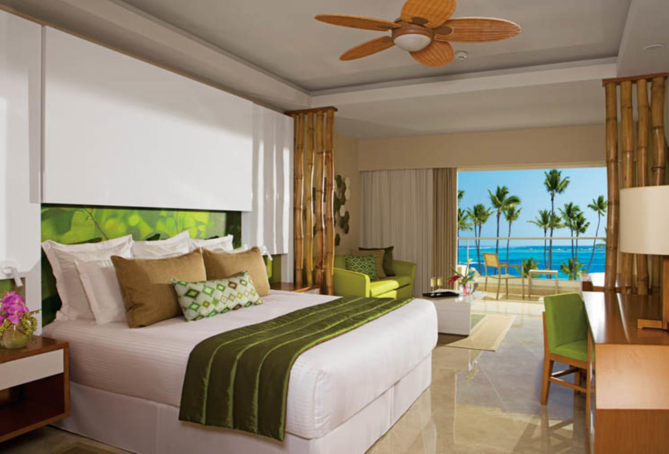 Preferred Club Junior Suite ocean views