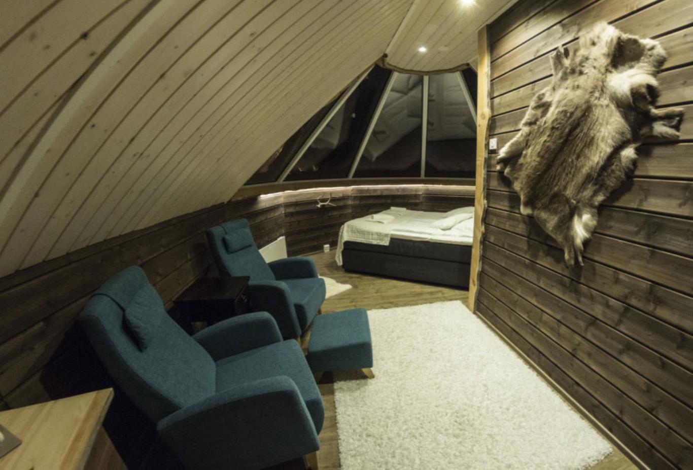Aurora Cabin
