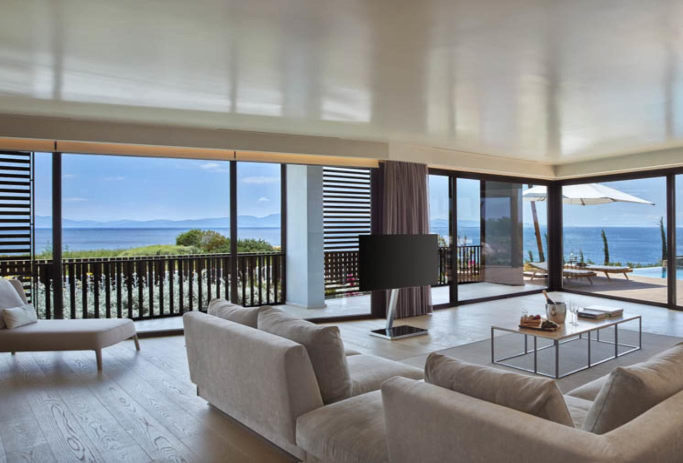 Seaview Kaplankaya Suite with Pool Living Room