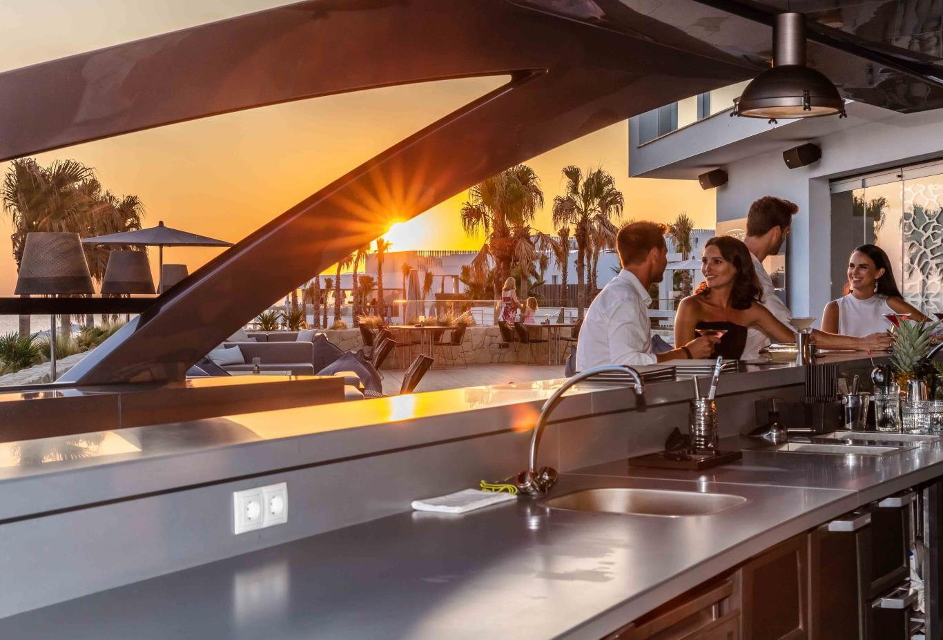Pershing Yacht Terrace   Sunset 1
