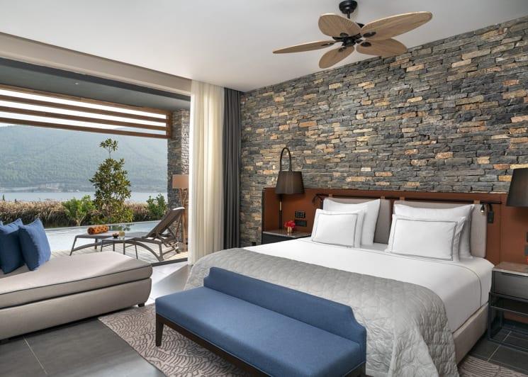 Laguna superior room master