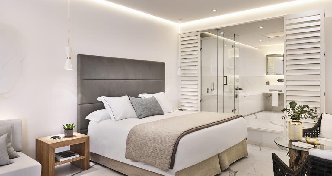 Junior suite open plan bedroom