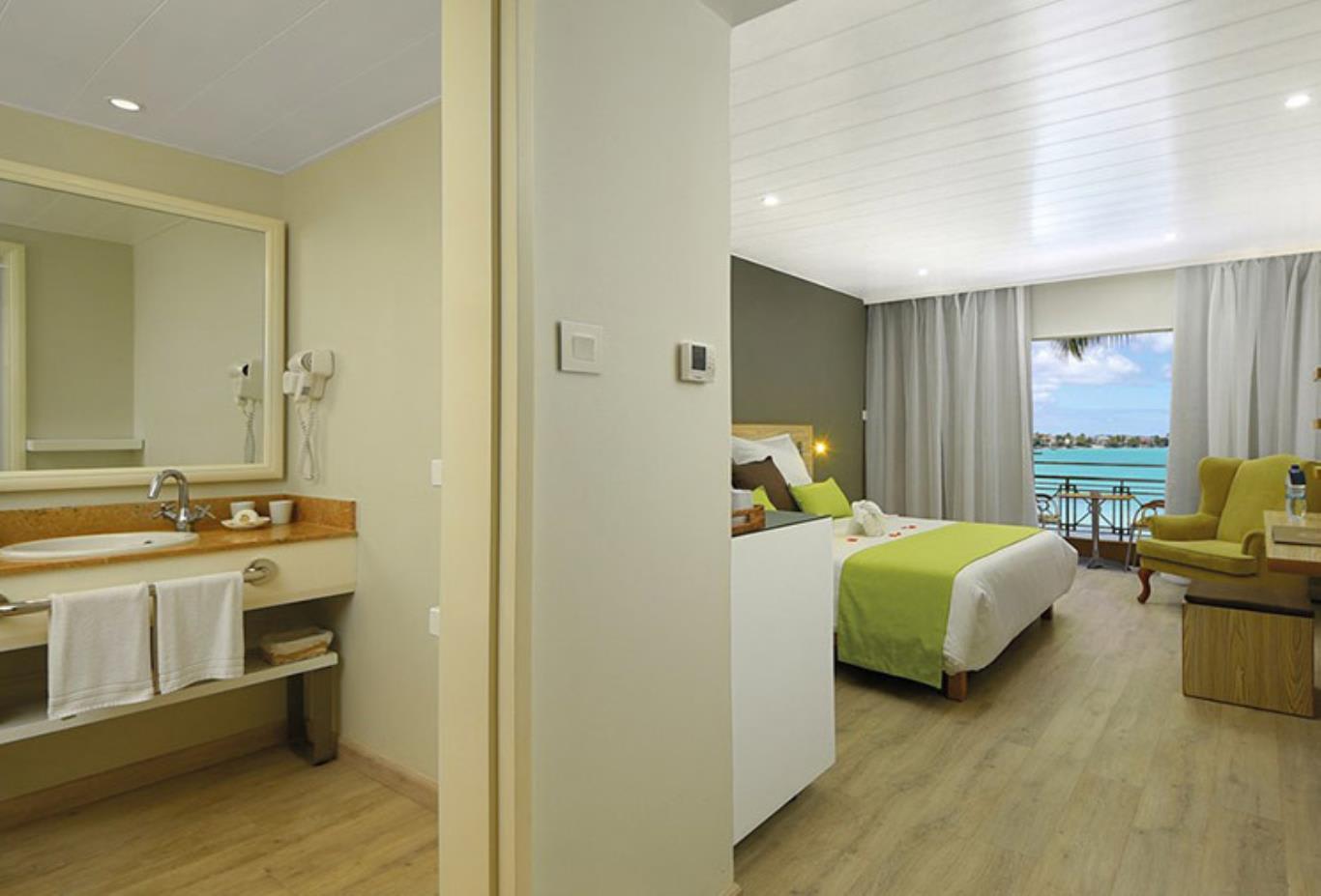 Standard Beachfront Room