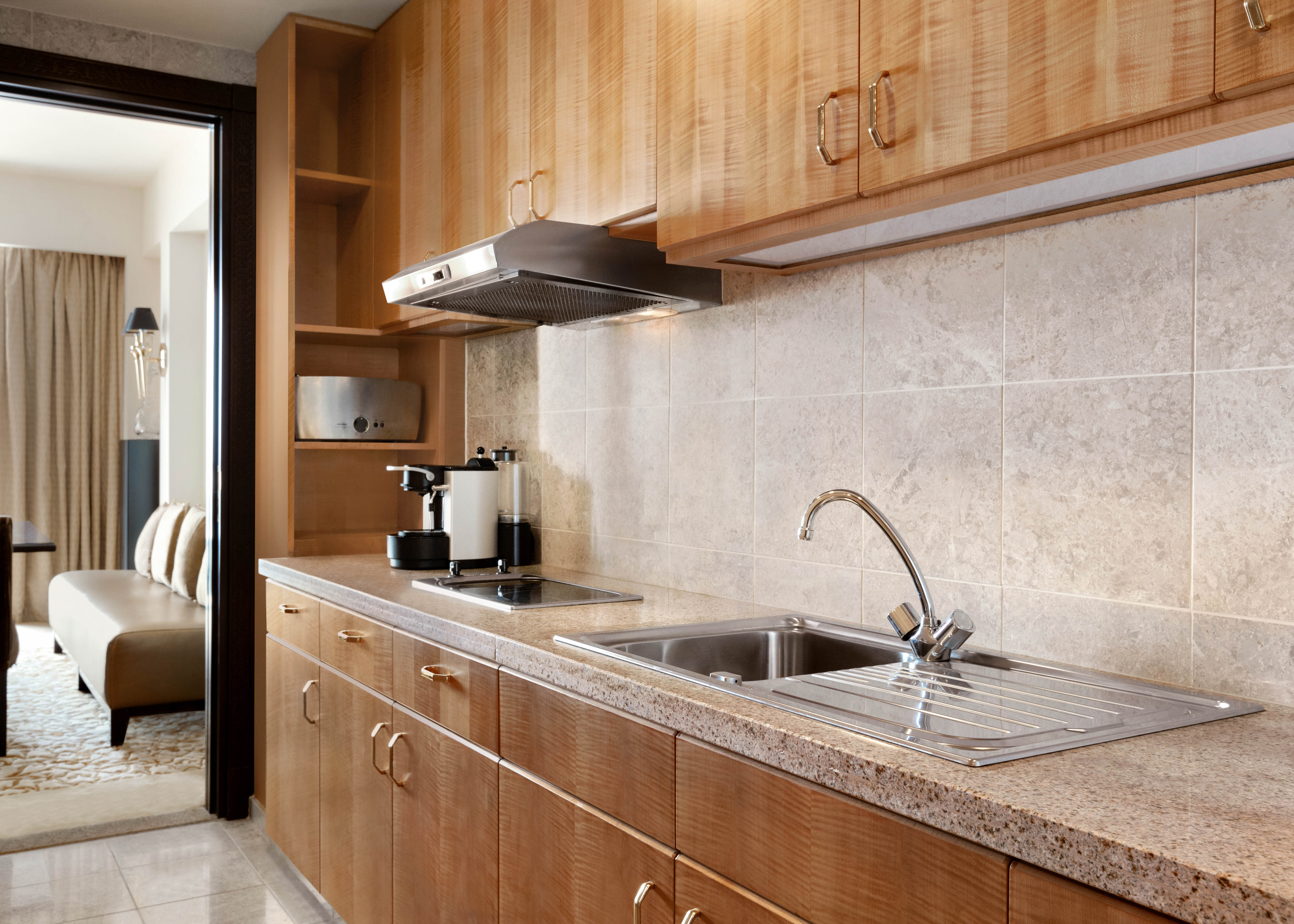 Al Husn Specialty Suite Pantry