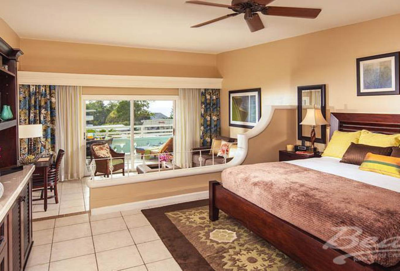 Caribbean Honeymoon Oceanview Concierge Veranda Suite - HOVK,HOVD