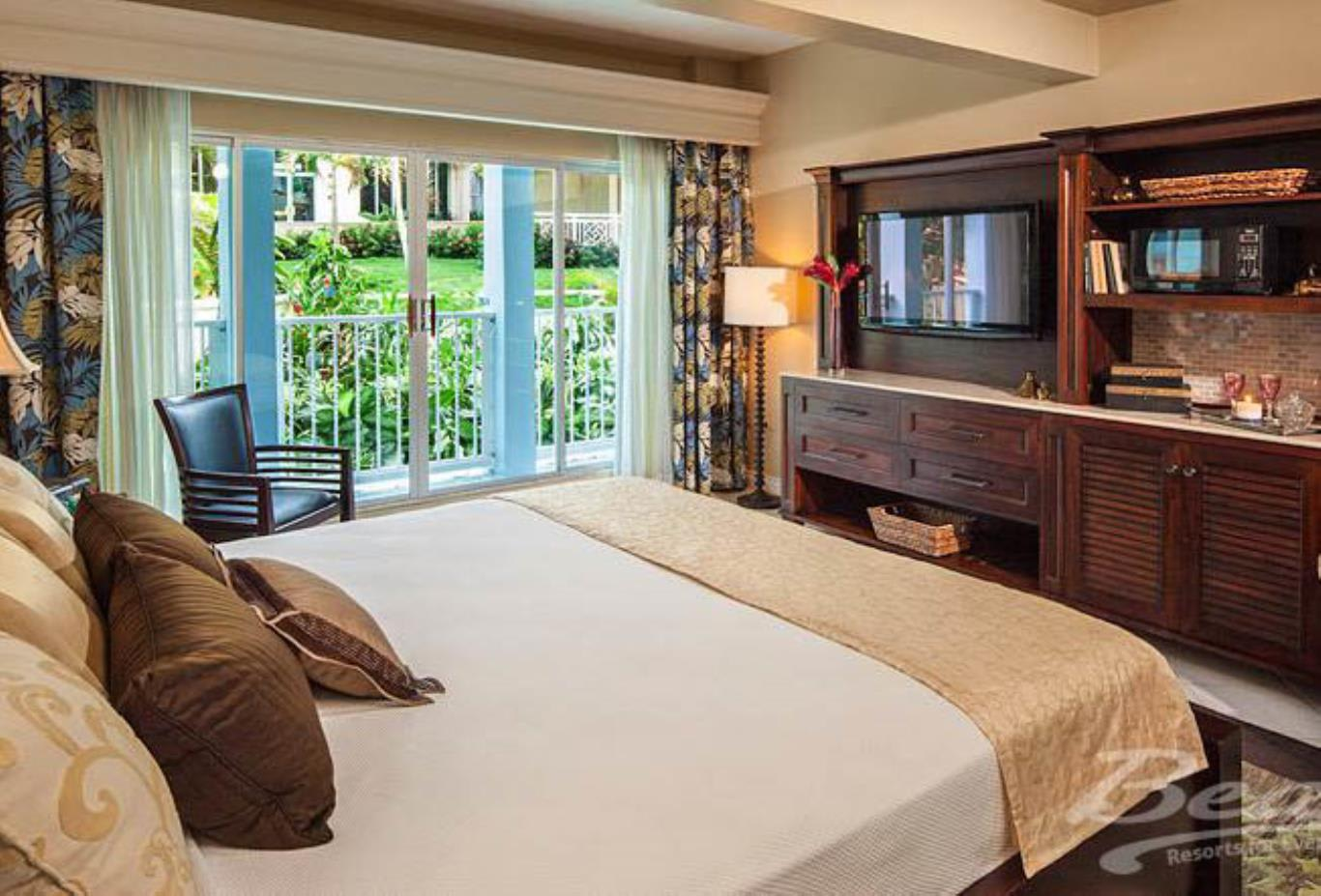 Caribbean Luxury Family Sized Suite - PK,PD