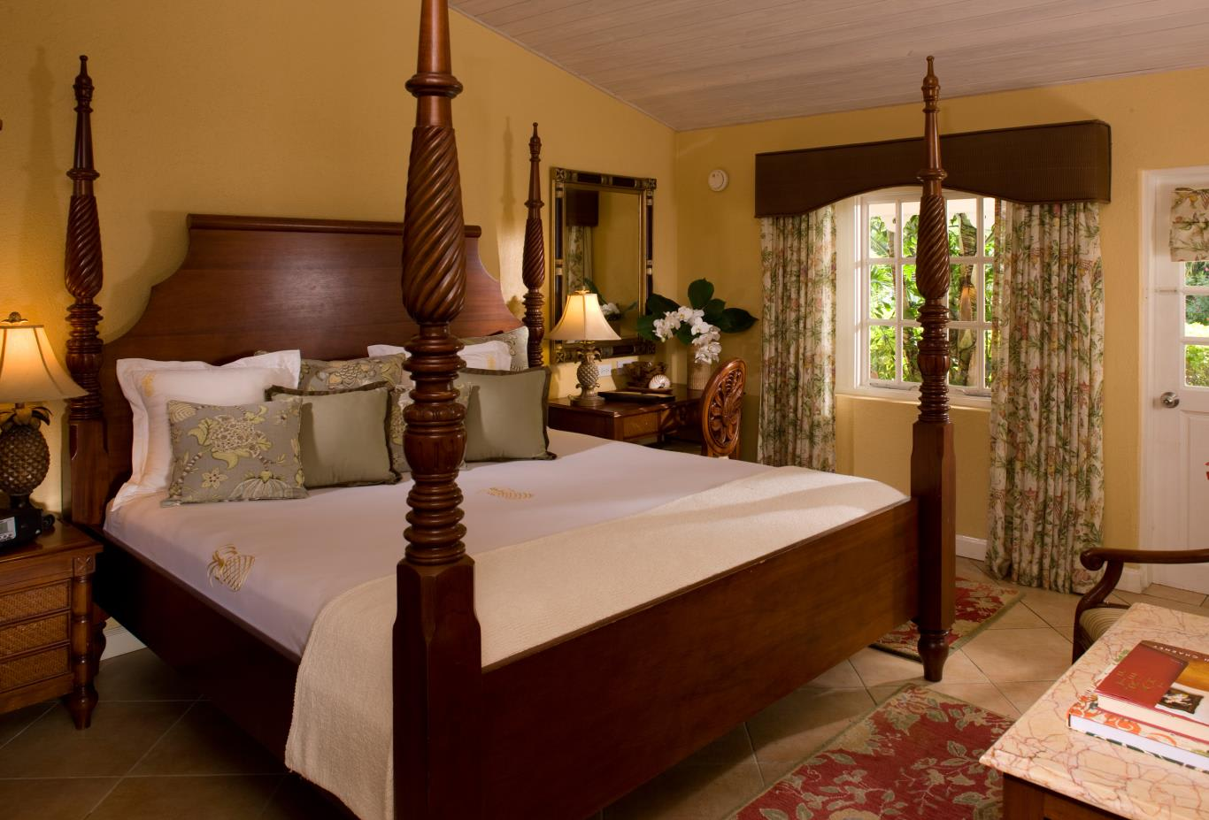Garden Of Eden Deluxe Room