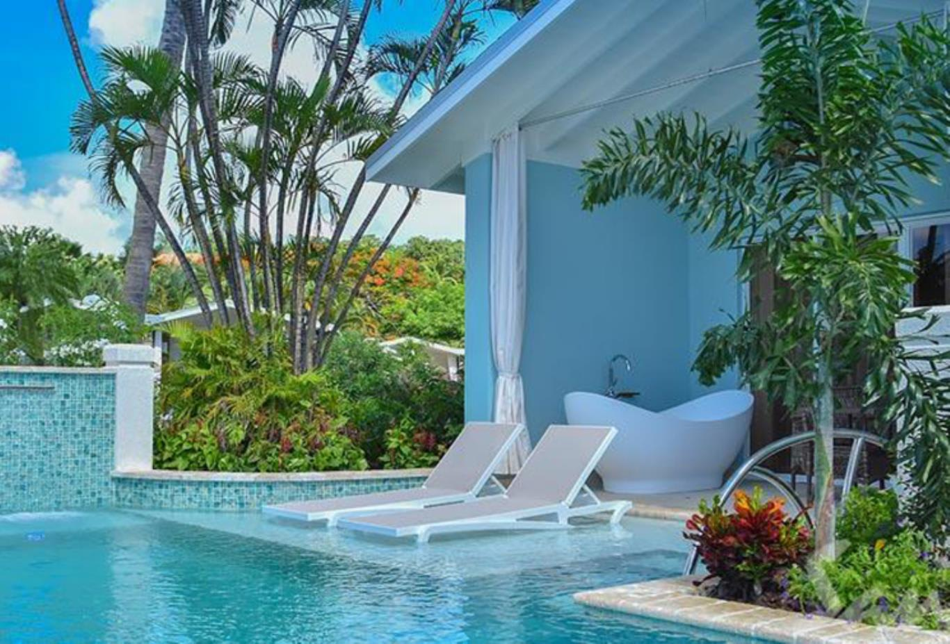 SBT - Beachfront Crystal Lagoon Swim-up Butler Room wPatio Tranquility Soaking Tub - pool and bathtub