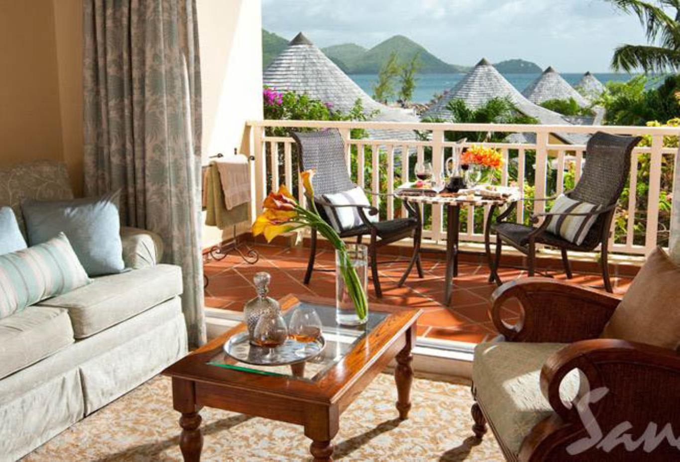 Caribbean Honeymoon Beachview Grande Luxe - GL
