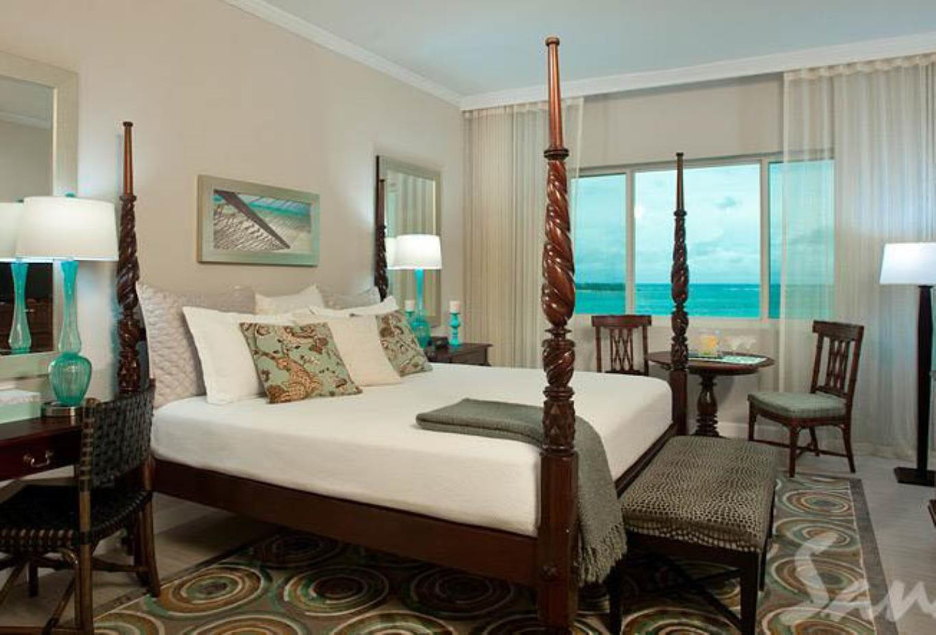Balmoral Oceanview Luxury