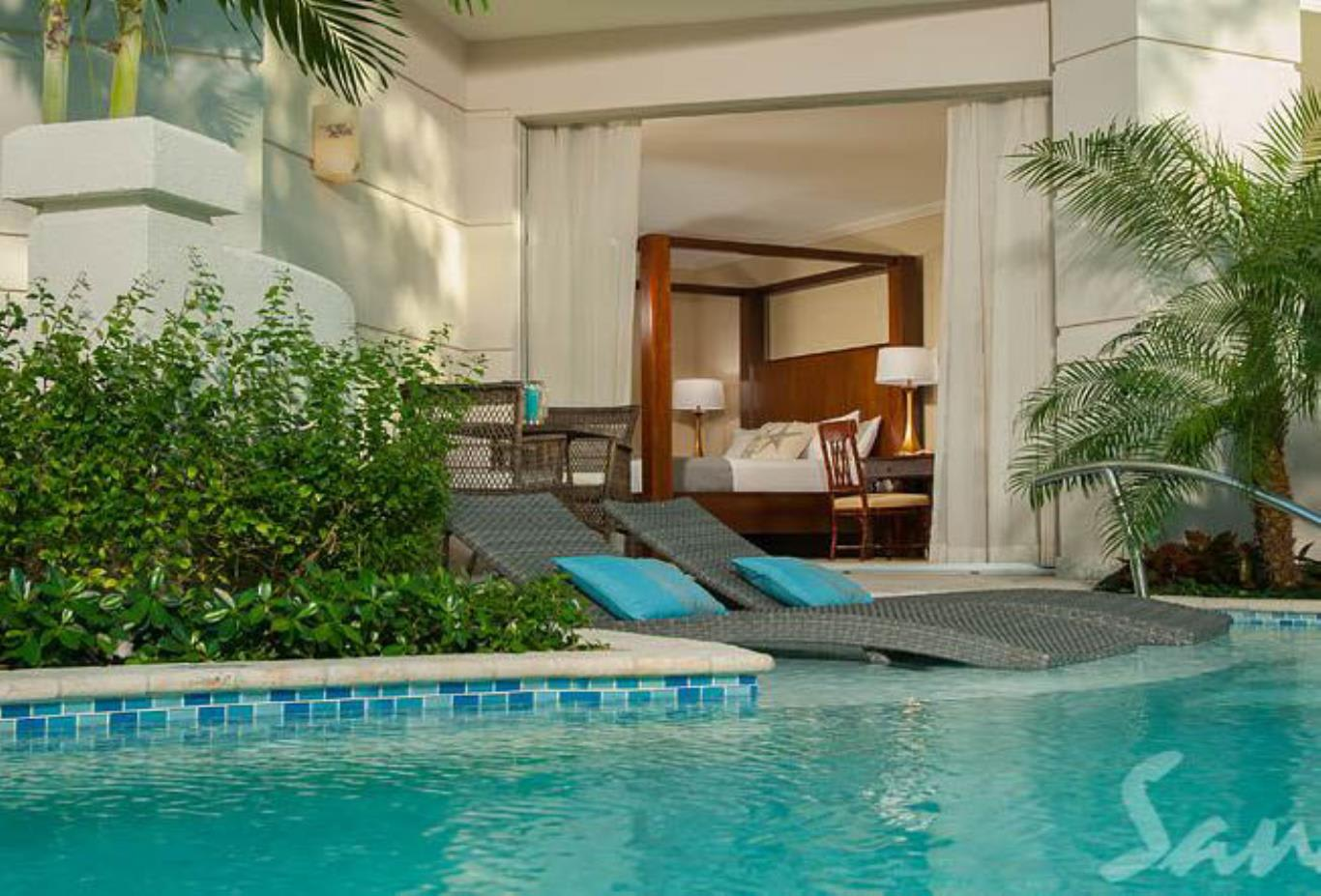 Windsor Honeymoon Hideaway Swim Up Crystal Lagoon Zen Butler Suite