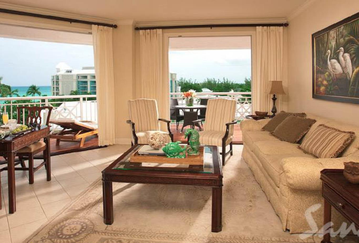 Windsor Oceanfront Penthouse One Bedroom Butler Royal Suite