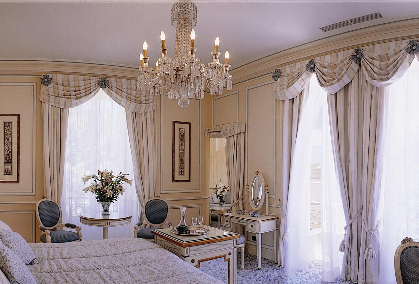 Palace Deluxe Room