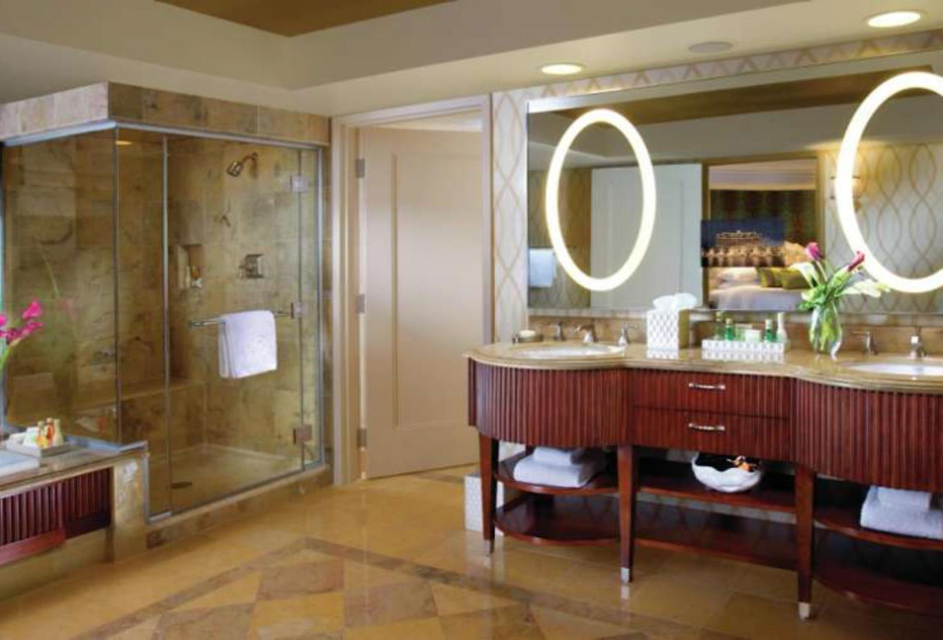 Salone Suite bathroom