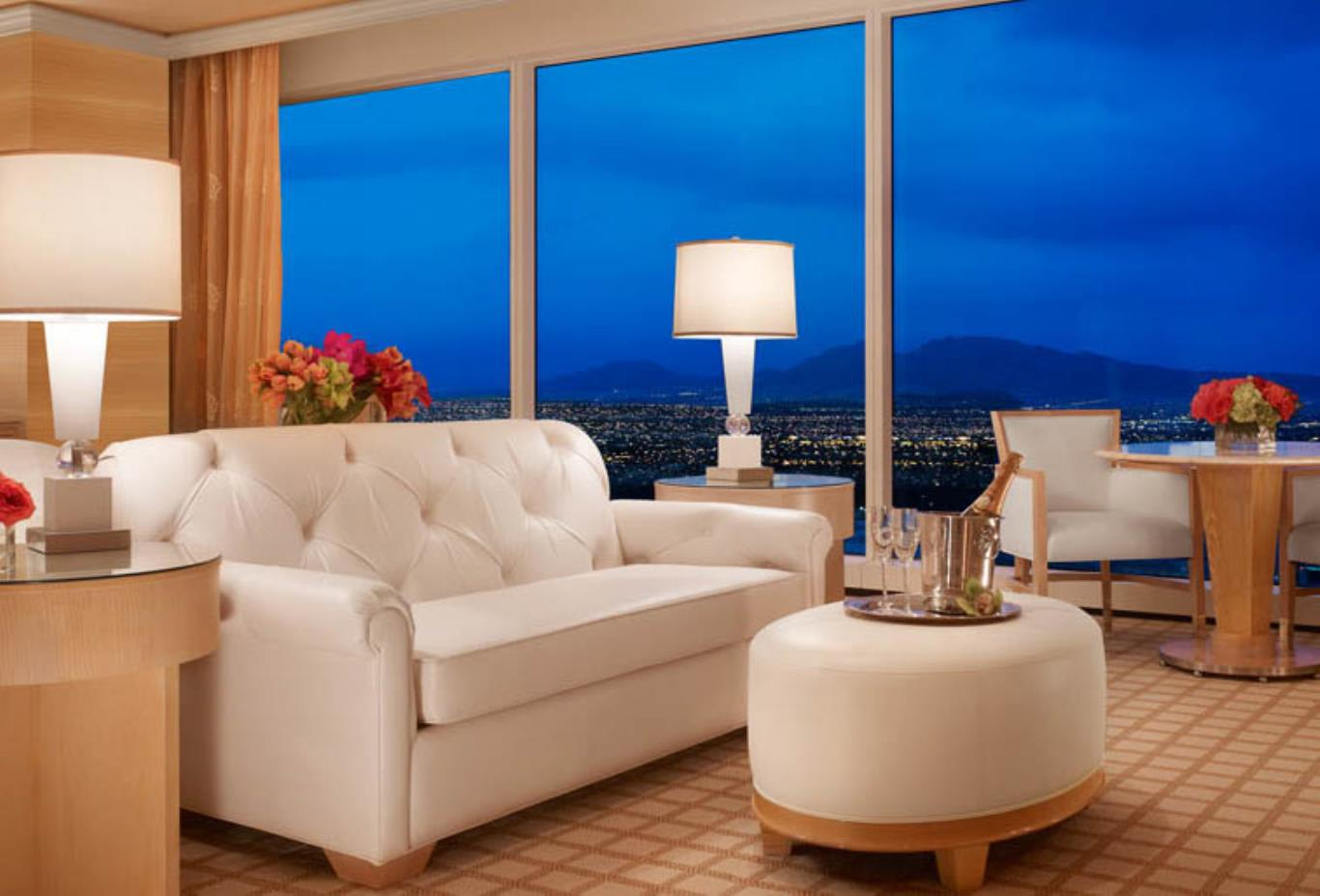 Wynn Executive Suite Living Area