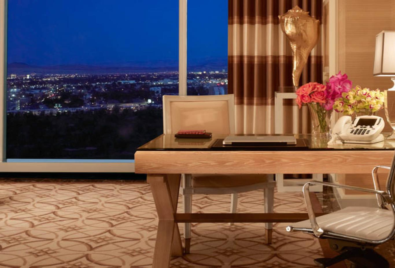 Wynn Parlor Suite Desk with a view