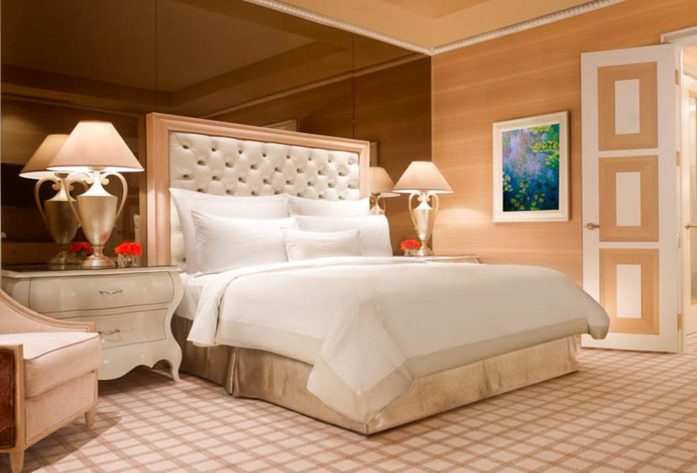 Wynn Salon Suite Bedroom