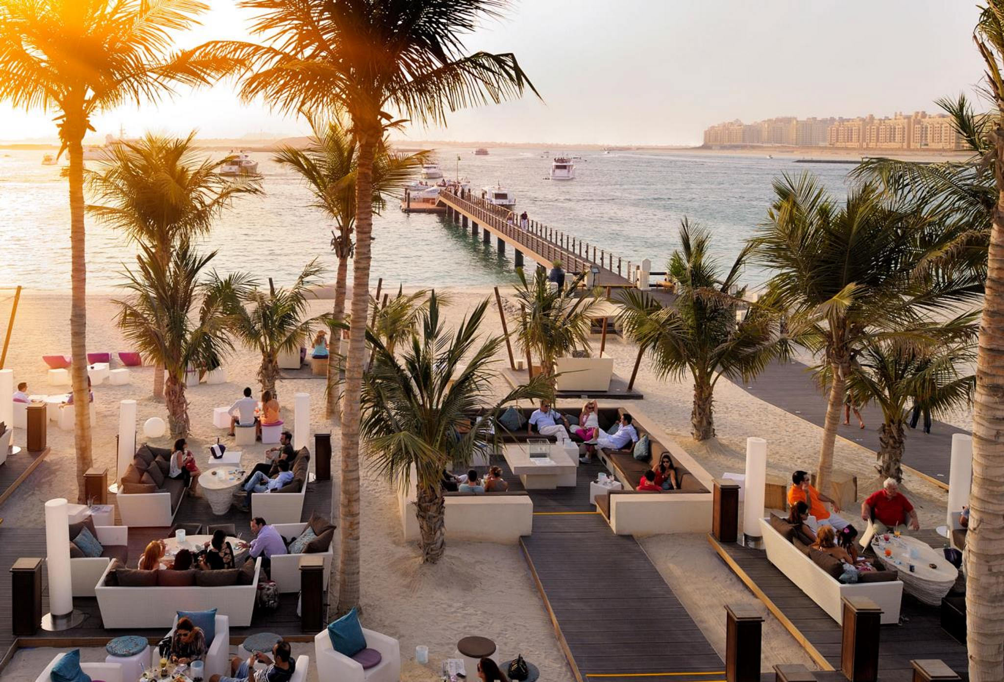The-Jetty-Lounge-Outdoor-The-Palace