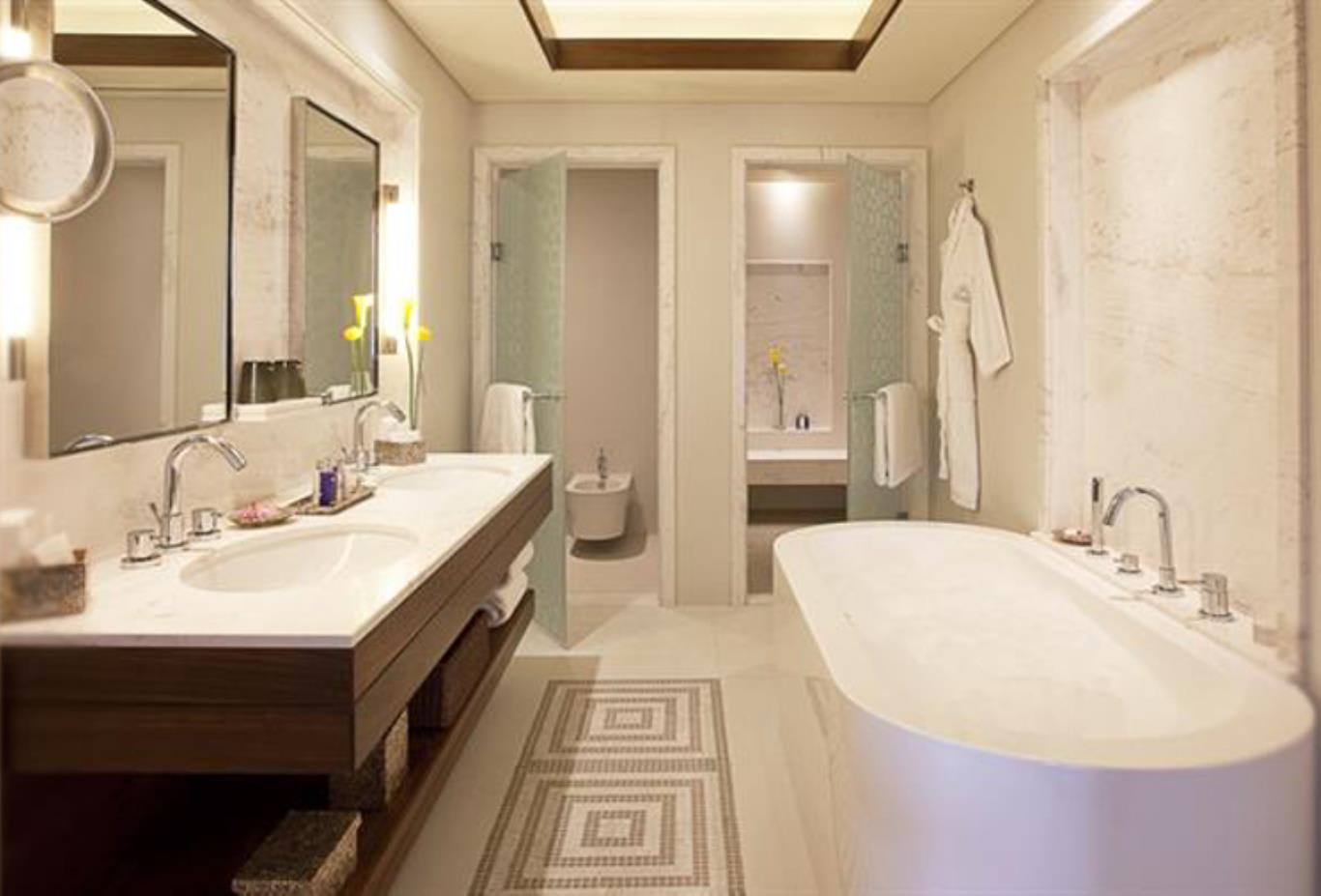 Residence Beachfront Junior Suite bathroom